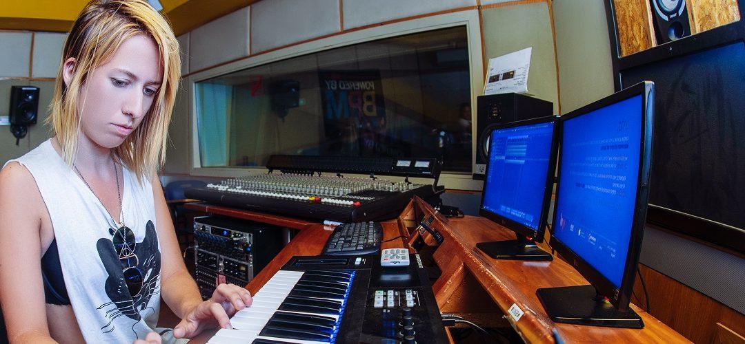 מסלול הפקה מוזיקלית באולפן הביתי